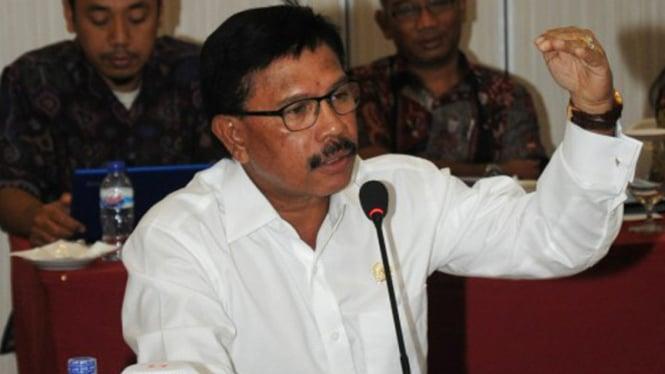 Menteri Komunikasi dan Informatika, Johnny GPlate.