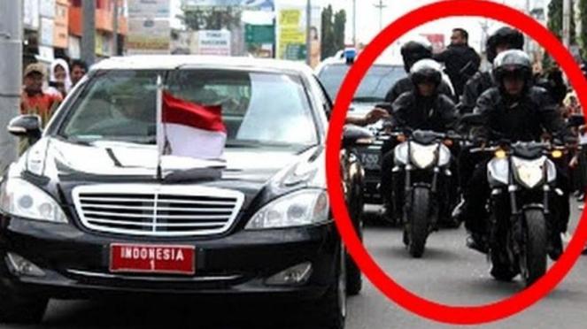Dua moge Yamaha pengawal Jokowi.