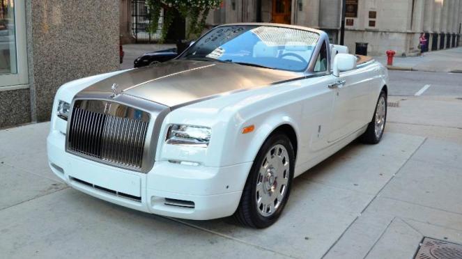Rolls-Royce Phantom Drophead Coupe.