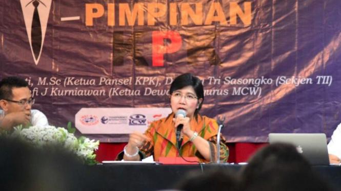 Destry Damayanti.