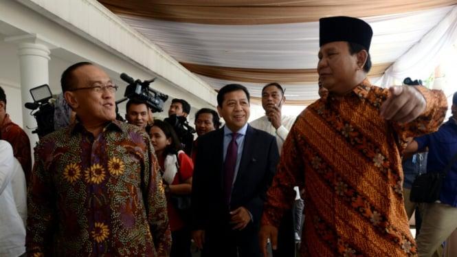 ARB dan Prabowo Subianto.
