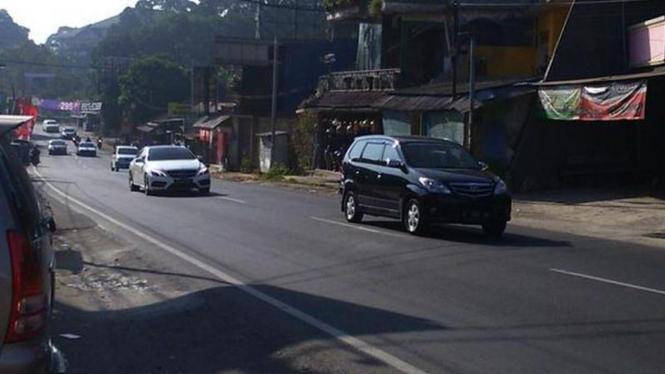 Polisi berlakukan arus satu arah dari Puncak menuju Bogor.
