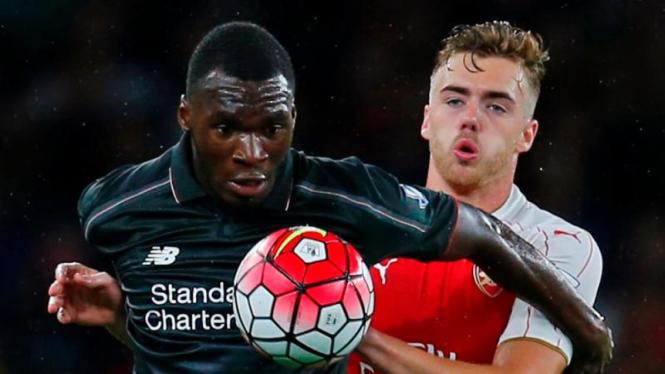 Pemain Liverpool, Christian Benteke saat lawan Arsenal