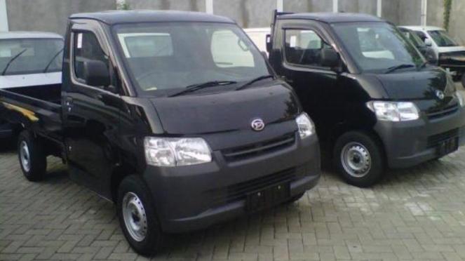 Daihatsu Gran Max pikap.