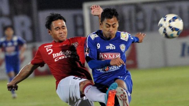 Samsul Arif (kanan)