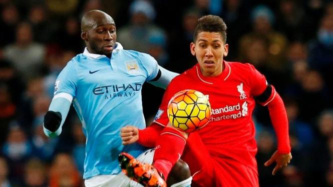 Pemain Liverpool, Firmino dan bek Manchester City, Eliaquim Mangala