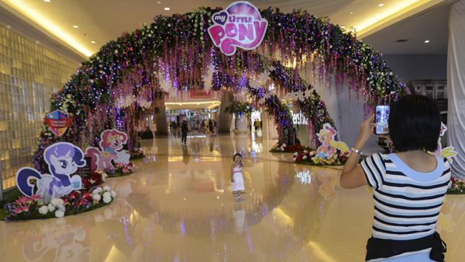 Suasana Natal di Baywalk Mall Pluit