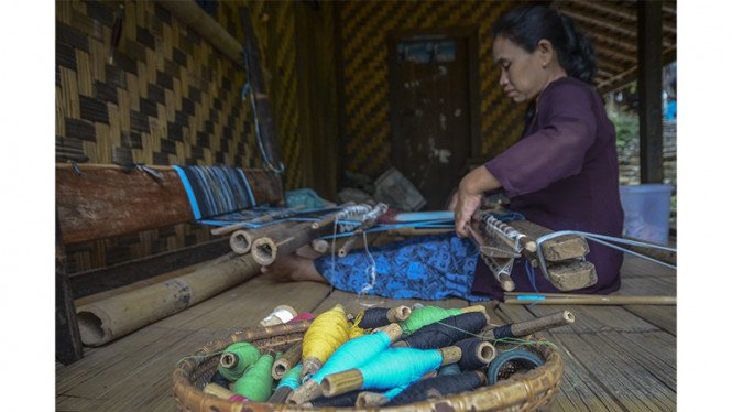 Ilustrasi/Mengintip pembuatan tenun suku Baduy