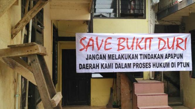 Warga Bukit Duri menolak pembongkaran untuk normalisasi Kali Ciliwung
