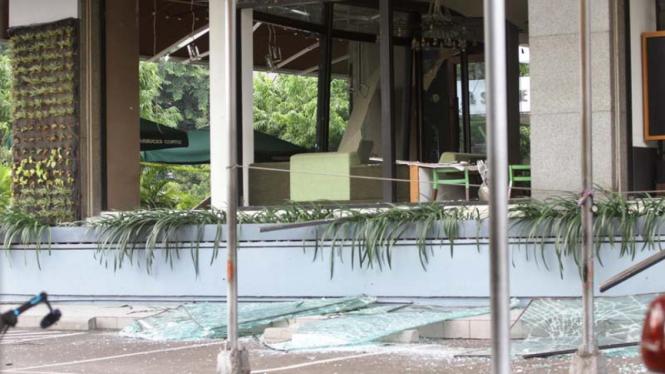 Kondisi Starbucks usai ledakan bom