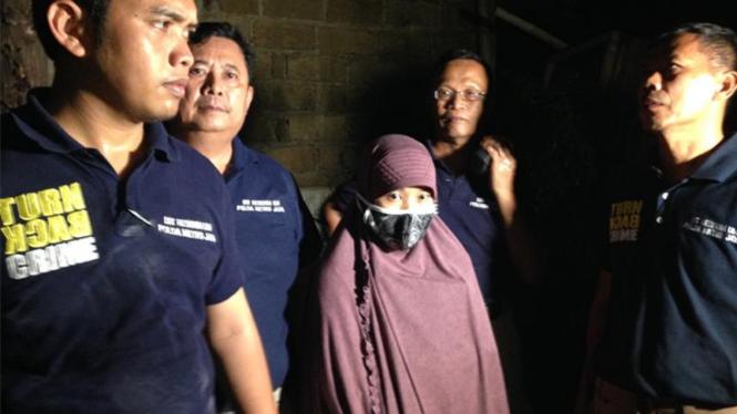 SM, Istri Terduga teroris Bom Sarinah.
