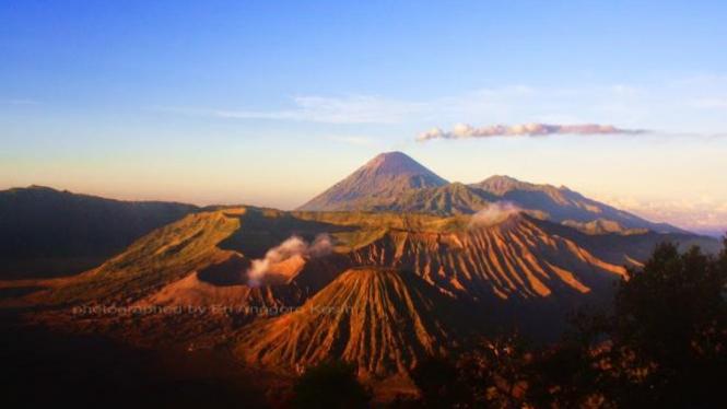 Gunung Bromo dilihat dari Penanjakan 1.