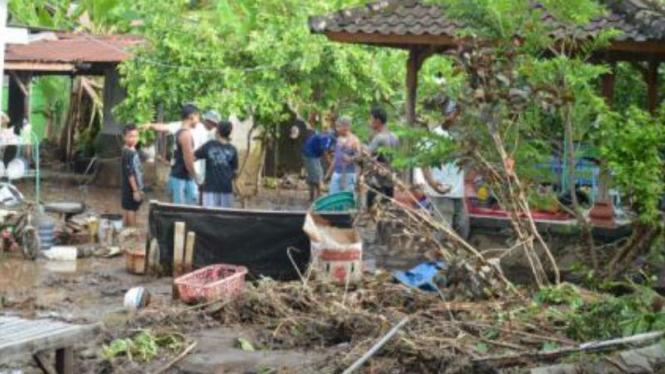 Kerusakan akibat banjir di buleleng