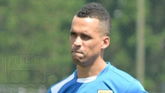Pemain Persib Bandung, Aron Da Silva