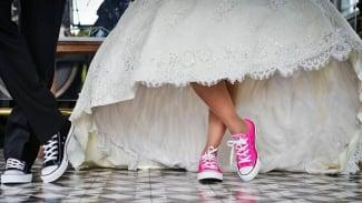 Pernikahan dini/anak.