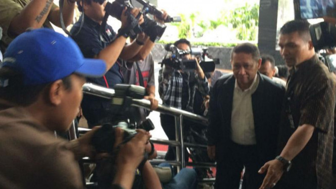 RJ Lino Penuhi Pemeriksaan KPK