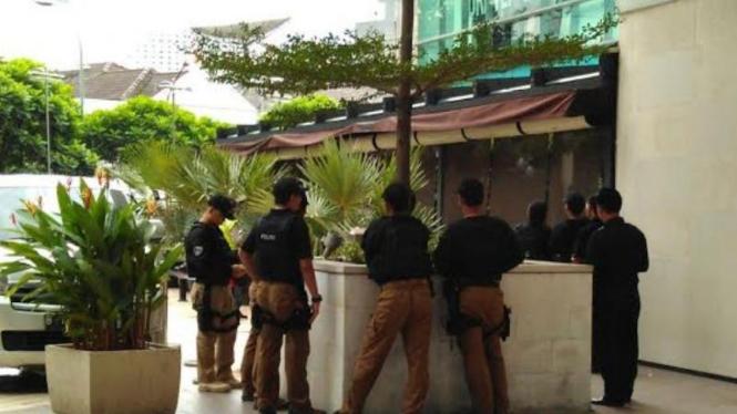 Rekonstruksi pembunuhan Wayan Mirna Salihin