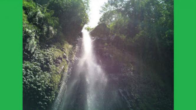Air terjun Coban Talun, Malang.