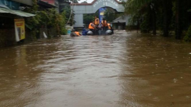 Banjir di Perumahan Bukit Cengkeh II