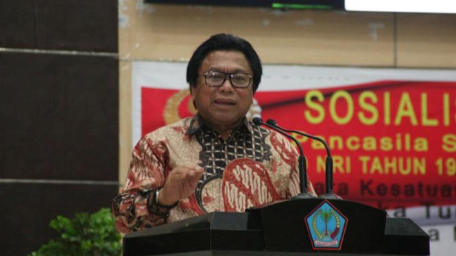 Wakil Ketua MPR RI Oesman Sapta