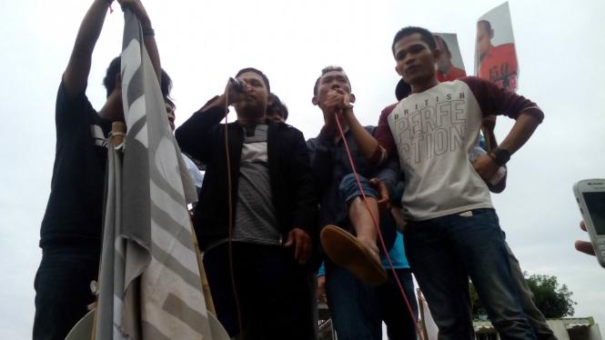 Korban penganiayaan mantan Kastreskrim Polresta Bengkulu Novel Baswedan saat menggelar aksi di Jakarta beberapa waktu lalu