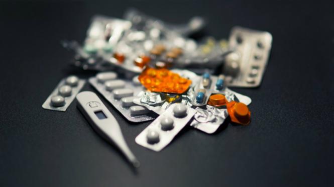 Dengan adanya edukasi pengenalan warna obat, membuat peluang tertukarnya obat menjadi menurun.