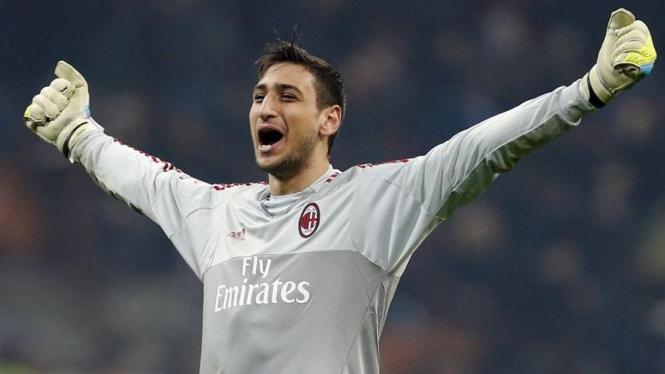 Penjaga gawang AC Milan, Gianluigi Donnarumma