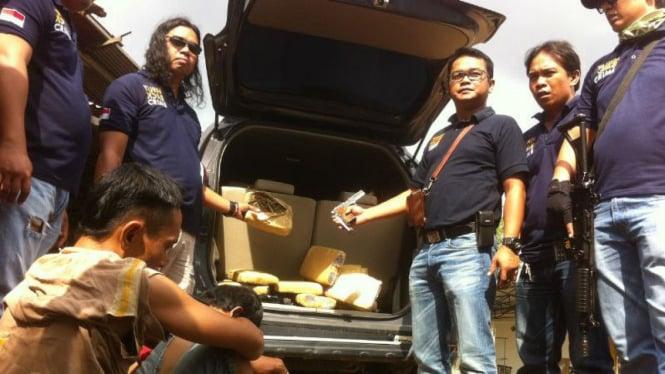 Polisi sita ganja di Palembang, Sumatera Selatan.