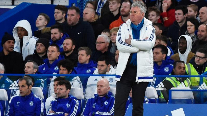 Manajer Chelsea, Guus Hiddink