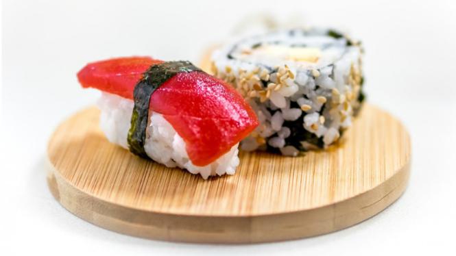Ilustrasi sushi