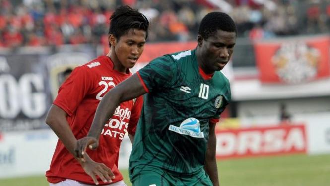 PSS Sleman melawan Bali United di Bali Island Cup