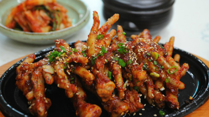Resep Tergoda Kelezatan Ceker Ayam Pedas Khas Korea Halaman 4