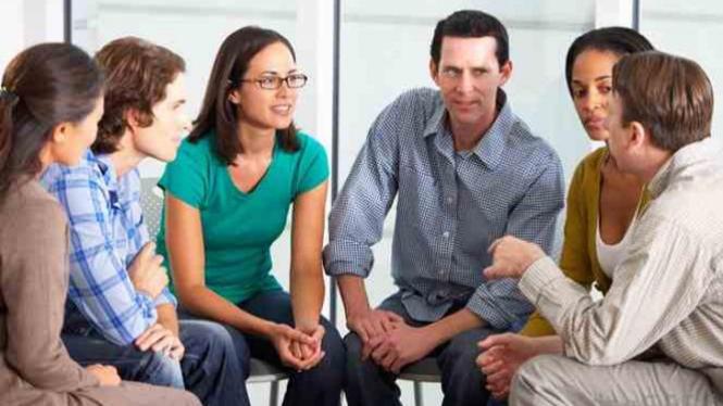 Percakapan dalam kelompok.