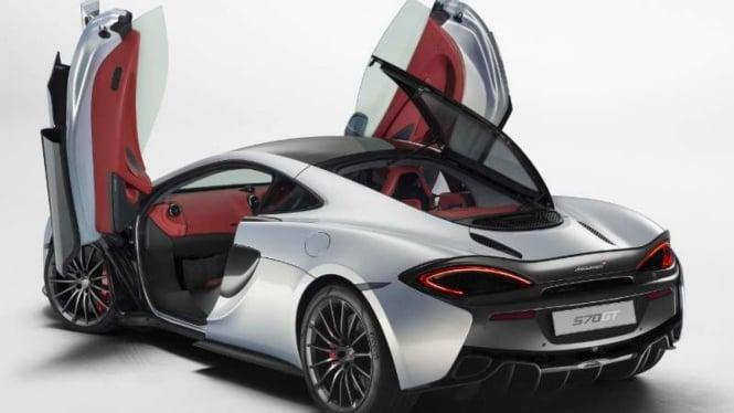 McLaren 570GT.
