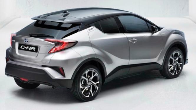 Toyota C-HR versi produksi.