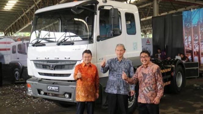 Mitsubishi Fuso luncurkan dua truk baru