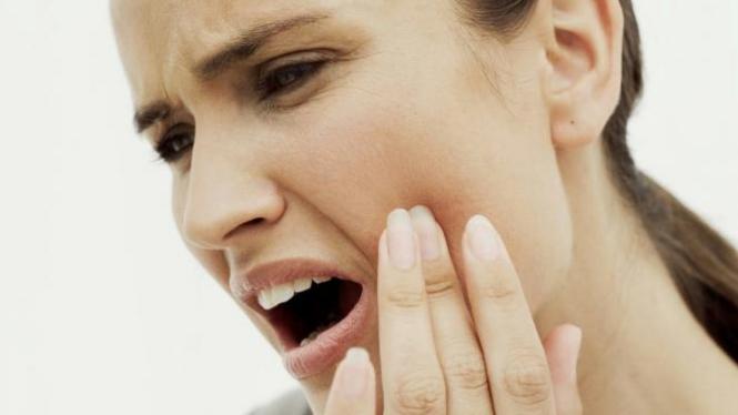 Tips Ala Rumahan untuk Redakan Sakit Gigi – VIVA e99b584236