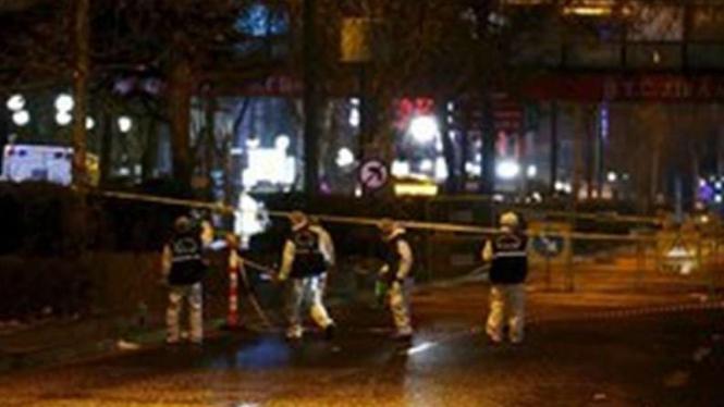 Polisi Turki saat berjaga-jaga.