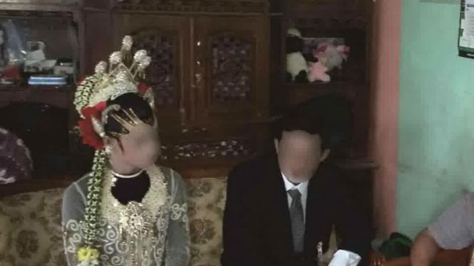 Pasangan sesama jenis yang nekat menikah di Wonosobo Jawa Tengah, Sabtu (12/3/2016).