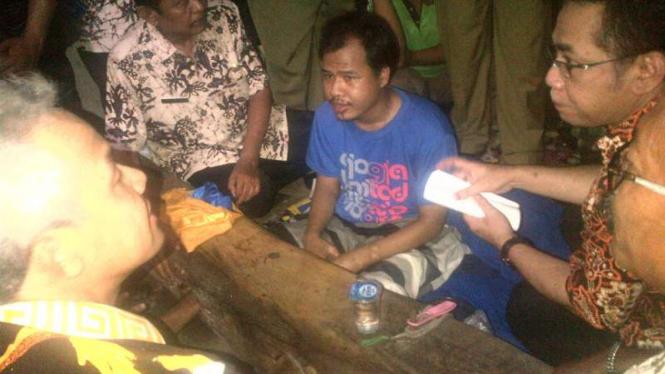 Lasmin, warga pengidap gangguan jiwa di Jawa Tengah yang dipasung di rumahnya.
