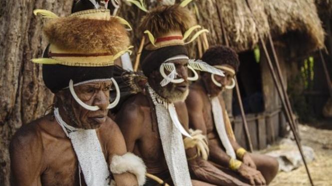 Suku Dani.