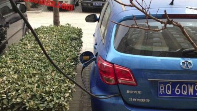 Ilustrasi kendaraan listrik.