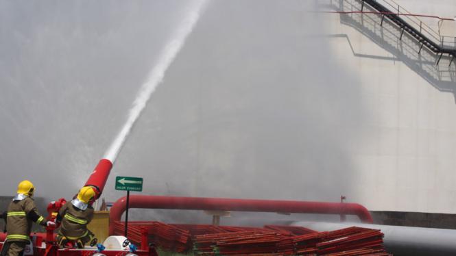 Ilustrasi pemadaman api