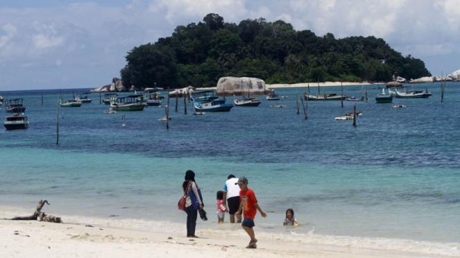Pesona Pantai Tanjung Kelayang Belitung