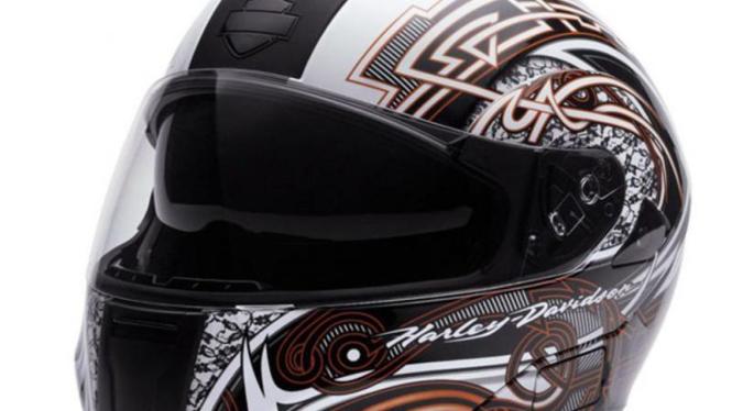 Helm buatan Harley untuk biker wanita.