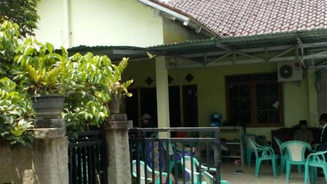 Lokasi rumah duka istri polisi Depok ditemukan tewas.