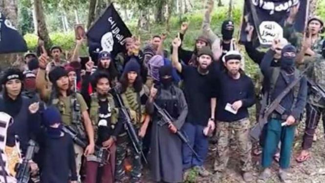 Ilustrasi / Kelompok bersenjata di Filipina Selatan.
