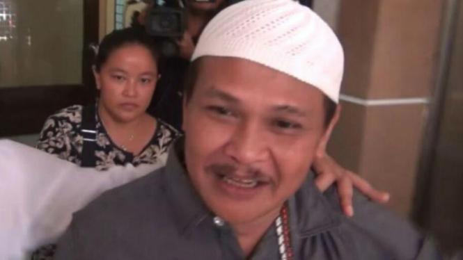 Abdul Azis alias Daeng Azis saat dibawa ke tahanan Kejari Jakarta Utara.