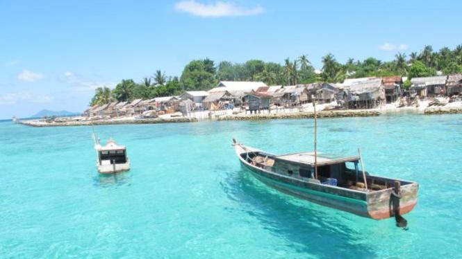 Kepulauan Anambas, Riau.