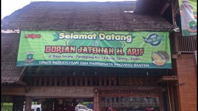 Kedai Durian Jatohan Haji Arif, Pandeglang.